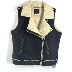 NWT Love Tree Black Moto Style Sherpa Vest Large